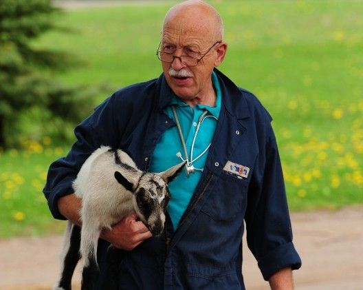 Read the news release about what the Incredible Dr. Pol said during his Interview on Max A Pooch's Awesome Animal Advocates!