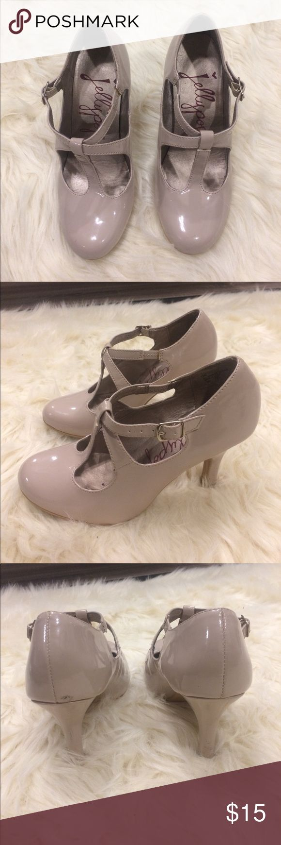 Kelly pop women heel size 6 Kelly pop women shoe/heel size 6 only worn a few times good condition light pink very light look at pictures closely jellypop Shoes Heels