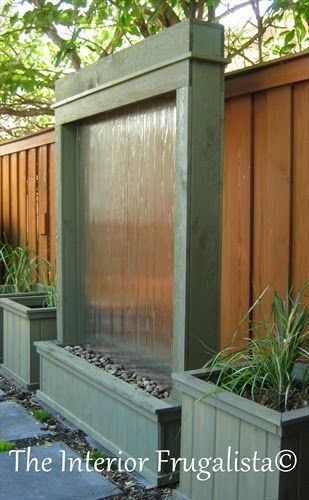 Outdoor water feature. The Interior Frugalista - DIY Projects and Tutorials for the home