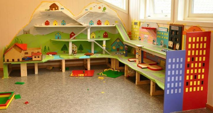 Great structure for micro dramatic play spaces