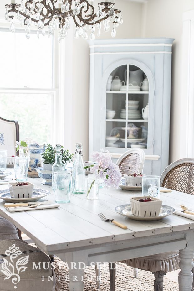 This white and bright farmhouse dining room table from @missmustardseed is what your home has been craving.