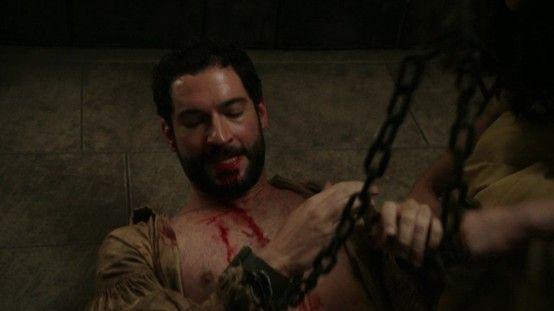 "Tom Ellis as Robin Hood on ""Once Upon A Time"""