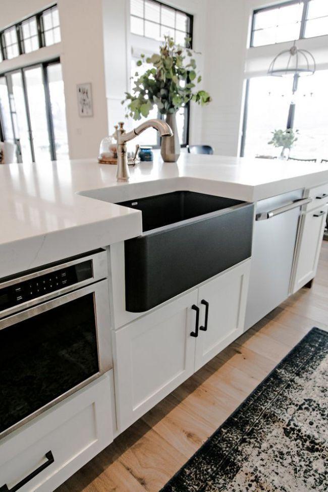 White kitchen,  composite sink in black. #kitchen, #kitchens, #kitchenideas
