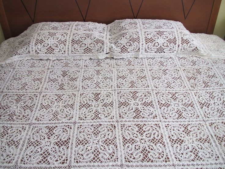 Antique Vintage Bedspread Lace Coverlet Pillow Sham Layover Bed Cover Handmade