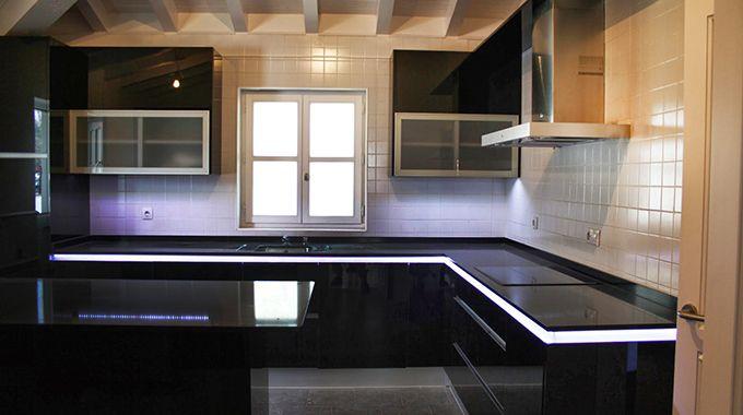 M s de 25 ideas incre bles sobre iluminar cocina con leds - Iluminacion led para casa ...