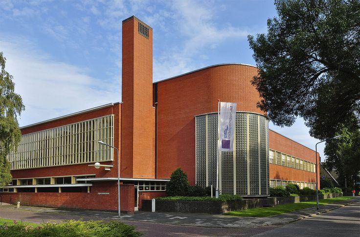Architect Willem Marinus Dudok: Snelliusschool aan de Snelliuslaan