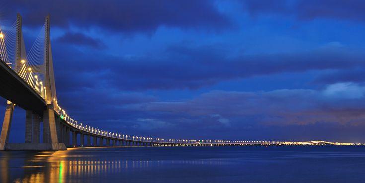 Lisboa. I can't wait to finally get there. Casco de Gama Bridge.