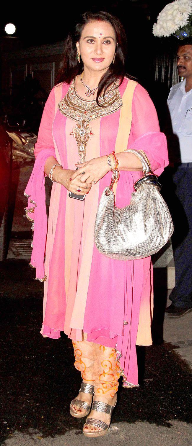 Poonam Dhillon at Simone Khan's birthday bash #Style #Bollywood #Fashion #Beauty