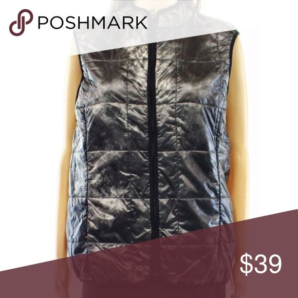 🆕List! Hugo Boss Distressed Metallic Vest! NEW! Quilted vest by Hugo Boss! Can be worn alone or zipped inside a coat! No pockets. Rayon. New with distribution tag. Size XL. LC:blcl8 Hugo Boss Jackets & Coats Vests