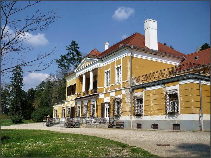 Esterházy-kastély_Szigliget