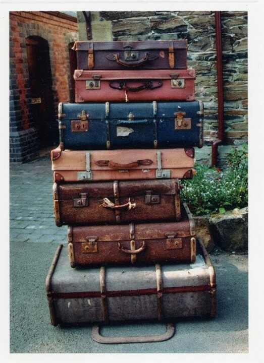 287 best Vintage Luggage Lets Stack Em' images on Pinterest ...