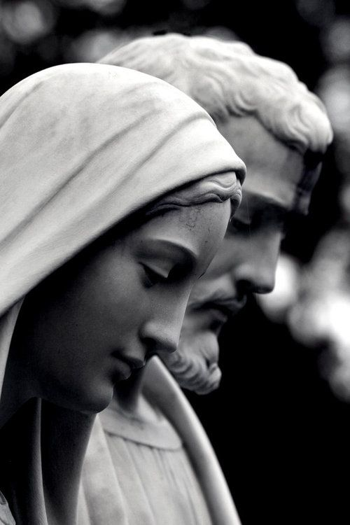 ✞ Credendum   Beautiful statues of Mary and Joseph  <3