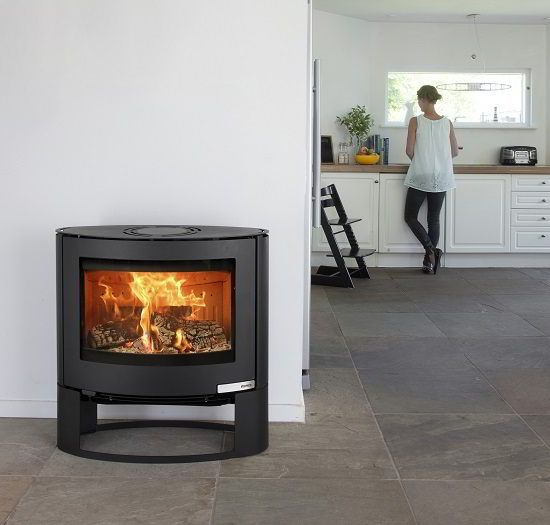Aduro 15-1 stove UK - The Aduro 15 with its graceful curved lines and shallow depth is in a class of its own. There are very few stoves on the market with a similar oval shape so this stove will certainly be a topic of conversation.