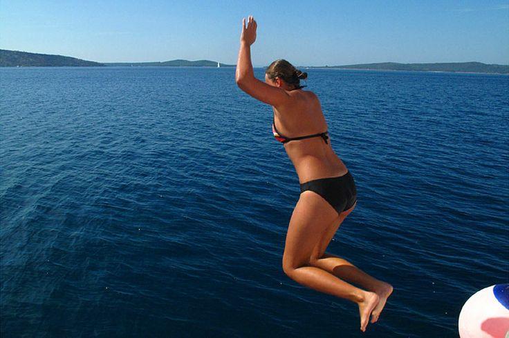 Okružní plavba 5 - Jižní Dalmácie - koupání z lodi: http://www.novalja.cz/chorvatsko/plavby-lodi/plavba-lodi-jizni-dalmacie/