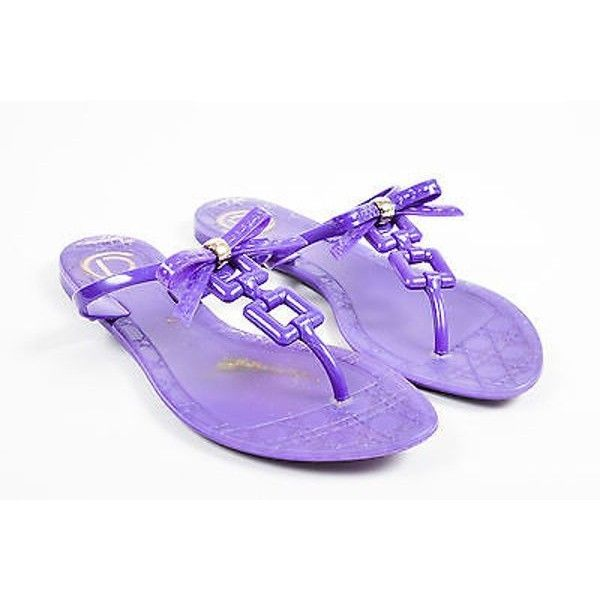 Pre-Owned Christian Dior Purple Rubber Jelly Chain Link & Bow Flat... ($90) ❤ liked on Polyvore featuring shoes, sandals, purple, strappy high heel sandals, summer flat sandals, jelly bow sandals, jelly thong sandals and high heel sandals