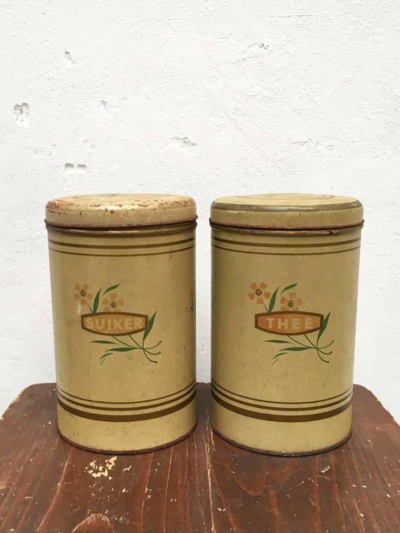 Set van twee gebloemde vintage blikken 'Suiker' en