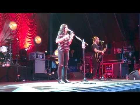 Amy MacDonald, Zitadelle Mainz 04.08.2017 4th of July Akustikversion - YouTube