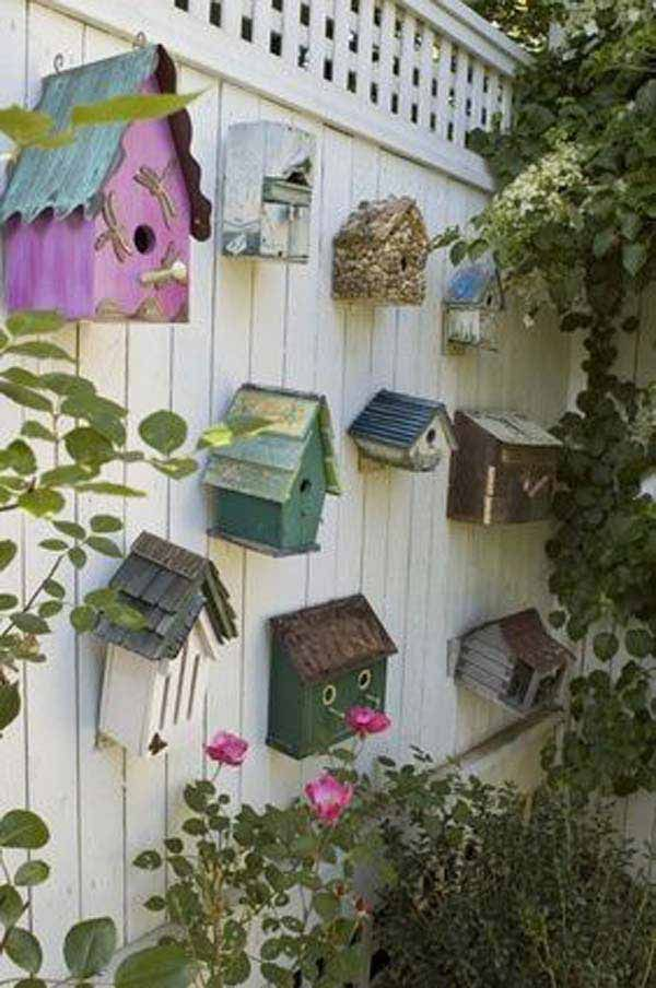Best 25 fence decorations ideas on pinterest privacy for Fence ornaments ideas