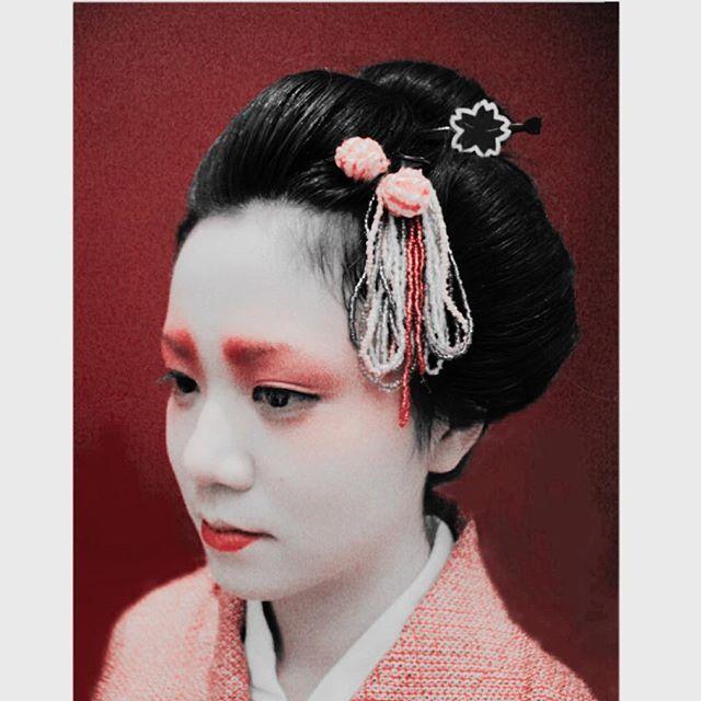 Hair and makeup by me #geisha #makeup #hair #mua #hmua #makeupartist #hairandmakeup #japanesemakeupartist #melbournemakeupartist #melbournehairdresser #kimono #かんざし #日本髪 #nihongami