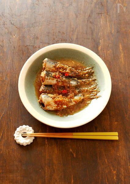 調味料は全て大さじ2!覚えやすいので、魚料理の味付けが苦手な方にぜひ作っていただきたい、家庭の定番おかずです。    タップリの生姜とピリっと辛い唐辛子が  合わさって、じんわりポカポカと体が温まりますよ!