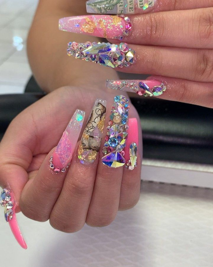 """Lovely Mimi Nails : lovely, nails, Lovely, Instagram:, """"Walk, Welcome, 💅🏼💅🏼, @ultraviolet_naillounge, @ultraviolet_naillounge2, Acrylic, Nails,, Designs,, Ultra, Violet"""