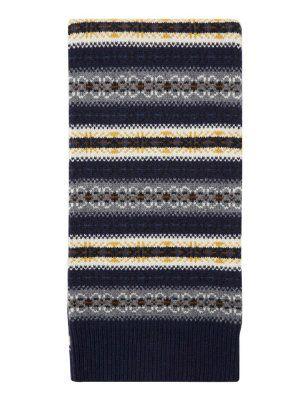 """Écharpe en tricot """"Fair Isle"""" de Joseph : On veut de la maille à motif jacquard ! - Journal des Femmes"""