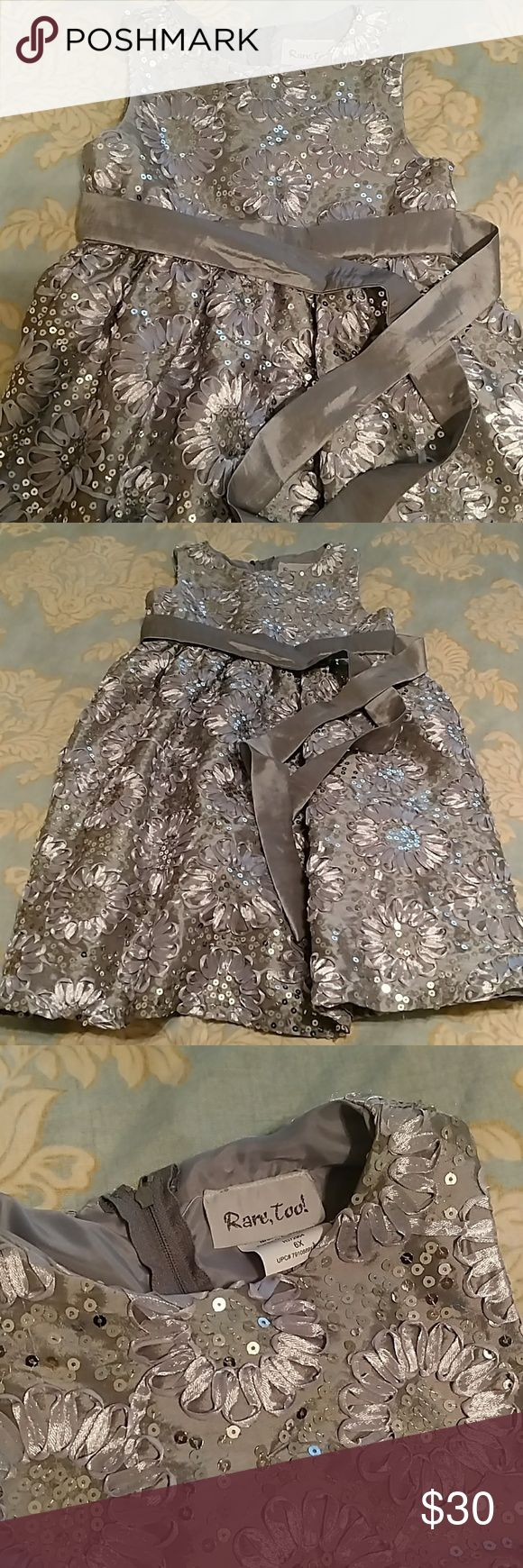 Girls Silver Sequined Dress Gorgeous flower pattern with sequin detail; worn once! Sleeveless and belted, size 6x Dillard's; Rare Too! Dresses Formal