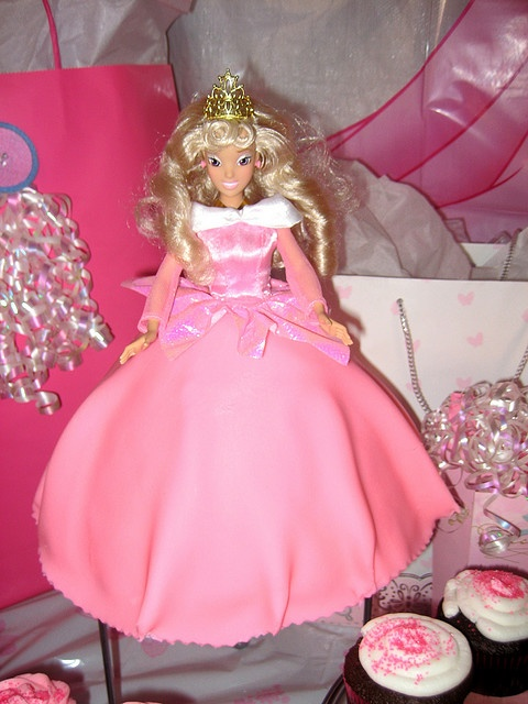 54 best Cakes Princess Aurora images on Pinterest Aurora cake