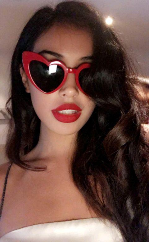 Retro Love Sunglasses (Valentine Edition)- Limited Supply