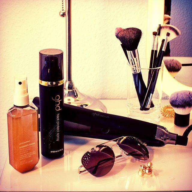 Meine #Accessoires fürs sonnige #Wochenende!☀️🙆☀️☀️ #ready2style #sonne #Haarstyle #weekend #happy #beauty #haarpflege #styling #ghd #ghdhairde #kevinmurphy #sonnegenießen