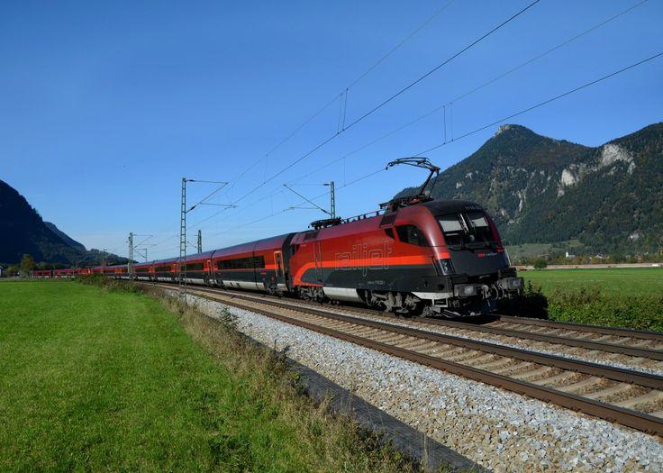 #ÖBB #Railjet near to Niederaudorf, #Germany. Photo by Manuel Schmid