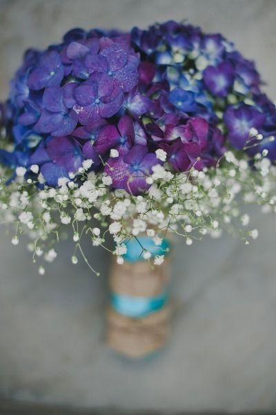 Simple wedding bouquet: http://www.stylemepretty.com/new-york-weddings/2014/05/24/horse-farm-wedding-in-saratoga-springs-new-york/   Photography: Love Shalmai Photography - http://loveshalmai.com/
