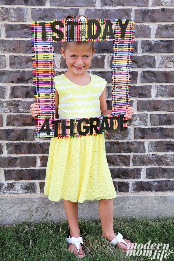 This Back to School Crayon Photo Frame is Picture Perfect   Feelings