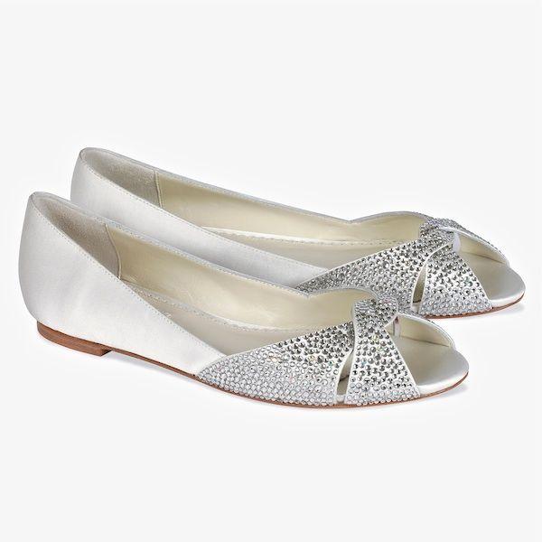 Luxe Accessori Da Sposa: Chanel Pompe Raso Italiano Tacchi Da Sposa | Luxury White Bridal Shoes | Nozze e idee di nozze bestweddingproducts.com