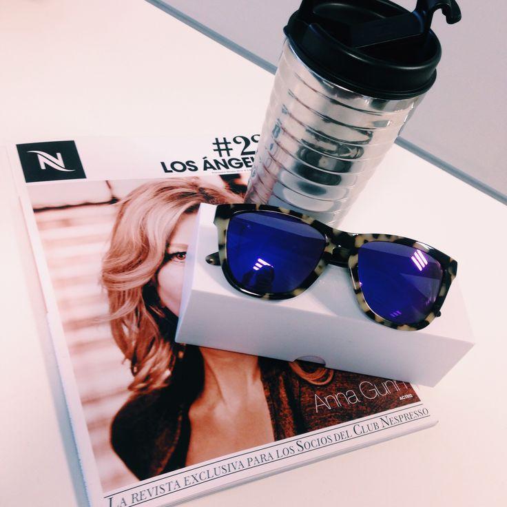 Travel Mug + Nespresso Magazine