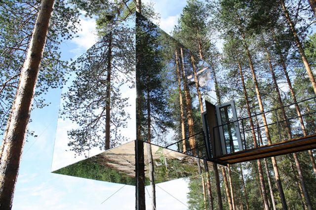 Treehotel Hotel - Mirrorcube | Yellowtrace.