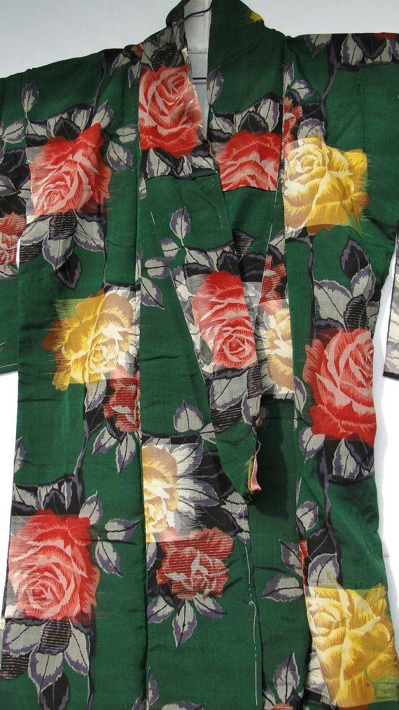 antique green floral silk kimono (1900-1920)