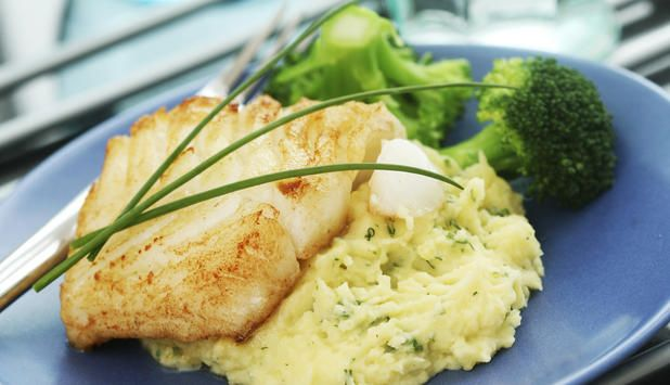 Recipe: Cod, potato mash and vegetables. Healthy family dinner.