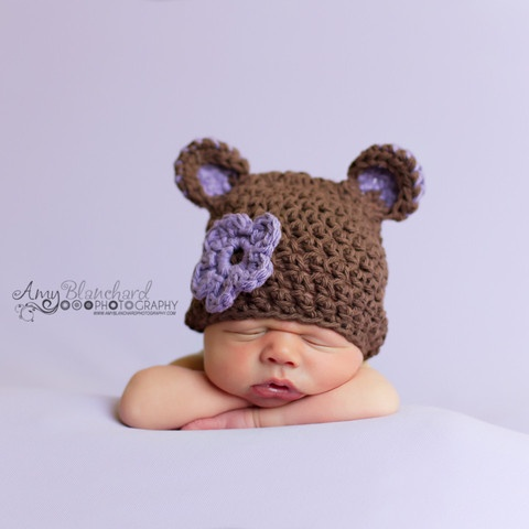 Another new arrival at melondipity.com ... The Sugar Plum Bear baby girl beanie crochet baby hat is an instant classic newborn baby hat! Price: $24.99
