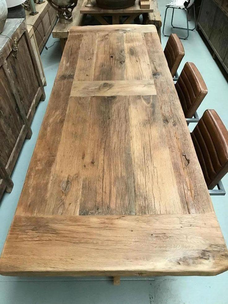 Robuuste tafel 200 jaar oud steeneikenhout, rustiek eiken tafel, tafel rustiek eikenhout, Tafel van oud hout gemaakt, landelijk wonen, Landelijke meubelen,