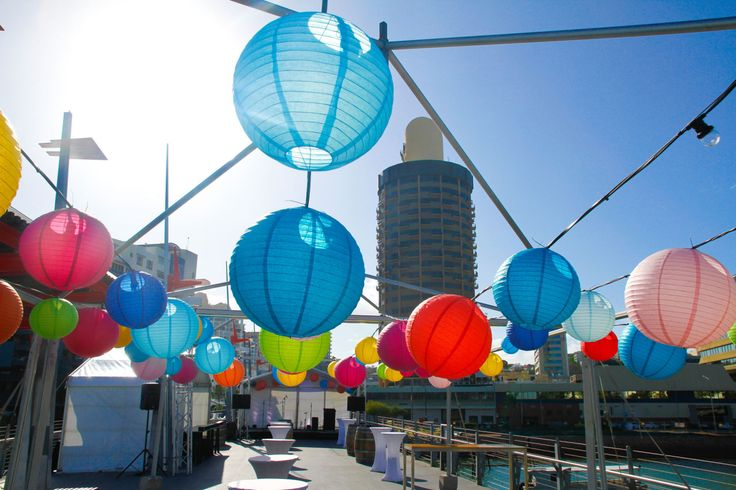 Destination Q on Victoria Bridge | Paper lanterns from Ede Events Party https://www.edeevents.party/collections/honeycomb-decorations