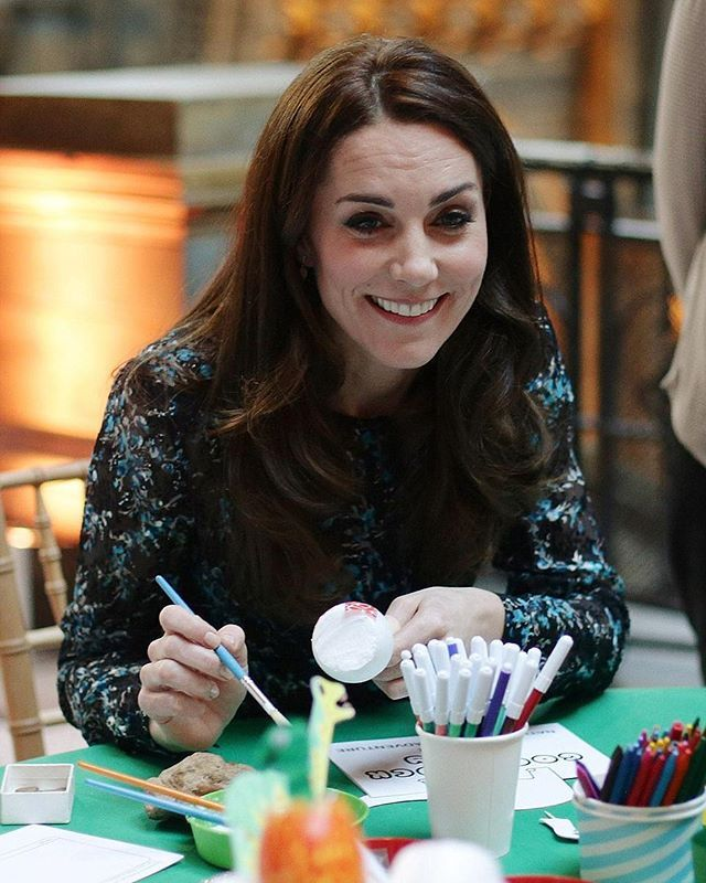 #NEWS #NEW #TODAY The Duchess of Cambridge looked her usual stylish self today attending a children's tea party at the Natural History Museum, wearing a floral midi dress by L.K Bennett. 22 November 2016 . . . . . #picoftheday #postoftheday #bestoftheday #Katemiddleton #theduchess #duchessofcambridge #royals #Catherine #elizabeth #princess #beautiful #princesskate #lovely #duchessfcambridge #queentobe #catherinethegreat #happiness #royalty #lovethem #british