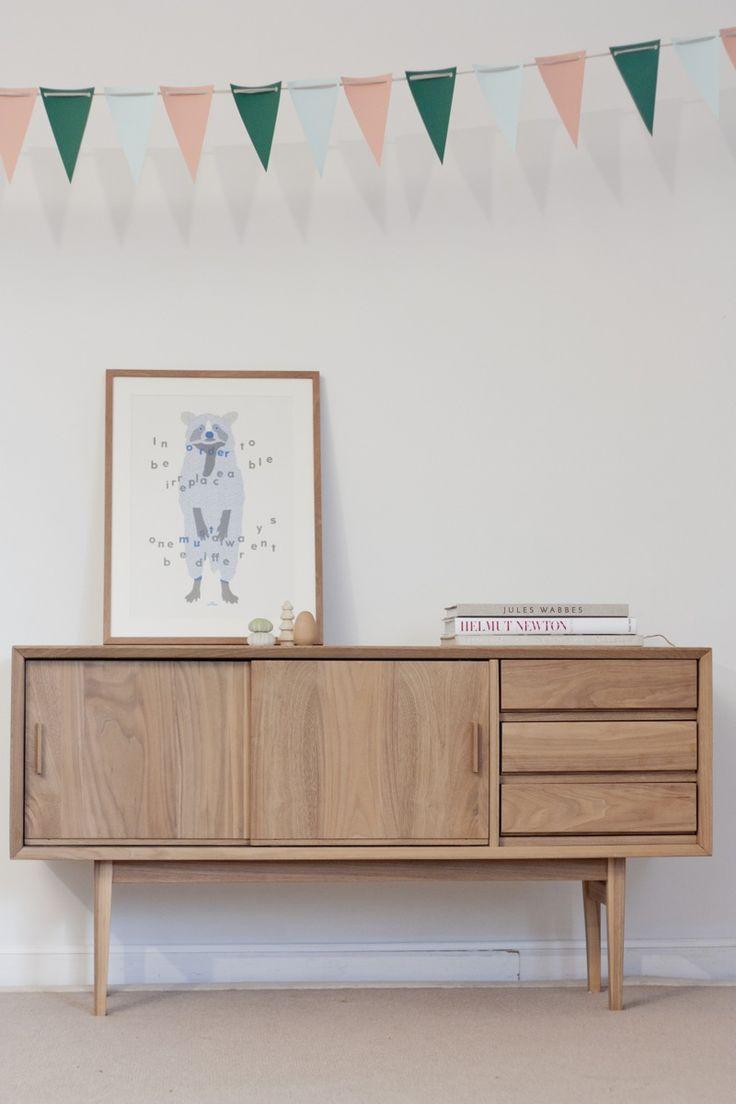 les 25 meilleures id es de la cat gorie enfilade sur. Black Bedroom Furniture Sets. Home Design Ideas