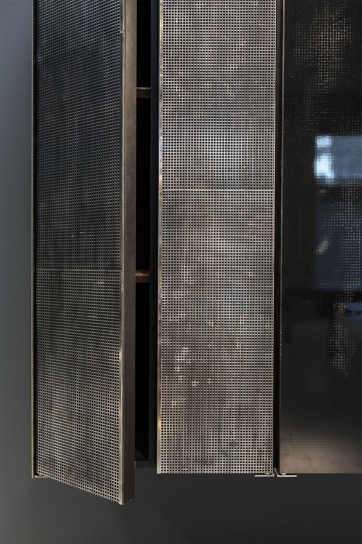 25 best ideas about steel wardrobe on pinterest for Progetto domestico