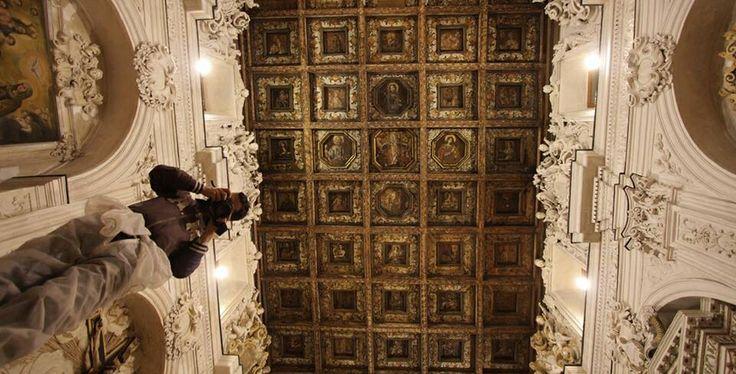 Chiesa del rosario Favara (Agrigento) Foto di Calogero Cassaro. Con Antonio Mignemi