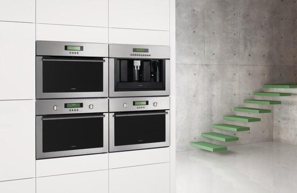 Gorenje Built-in coffee machine // Machine à café encastrable GCC134X - Combined microwaves // Four à micro-ondes encastrable GCM334X