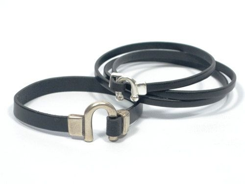 leather couples bracelets * black horseshoe bracelet * mens equestrian bracelet * hipster jewelry * husband wife gifts - pinned by pin4etsy.com