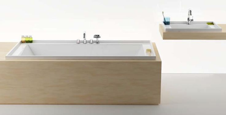 Company Ravak, the biggest czech manufacturer of bathroom equipment, is exhibiting on design & fashion week Designblok 2013. On its exposition presents its novelty from its famous designer Krystof Nosal called Bath Gallery.