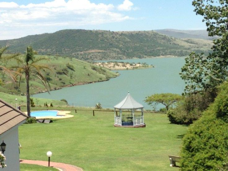 View over the Wagondrift Dam from the rooms at Blue Haze Country Lodge