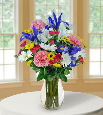 Grab this very exclusive Everyday Collection of beautiful flower bouquets and save up to 50% on your purchases at Blooms Today.